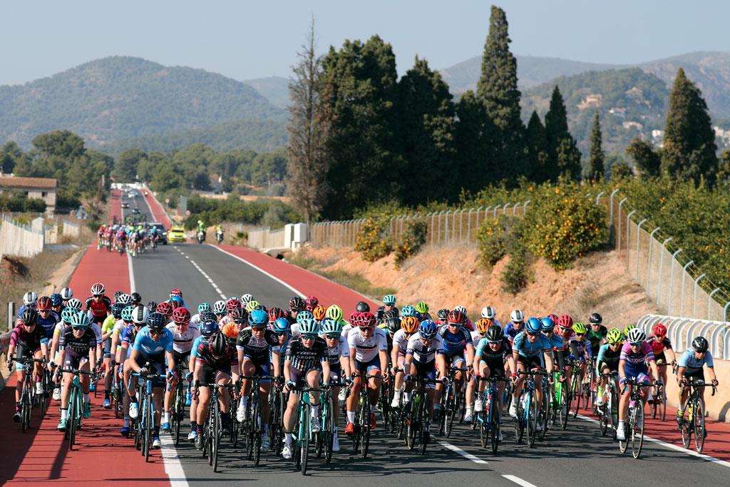 como evitar los calambres en el ciclismo